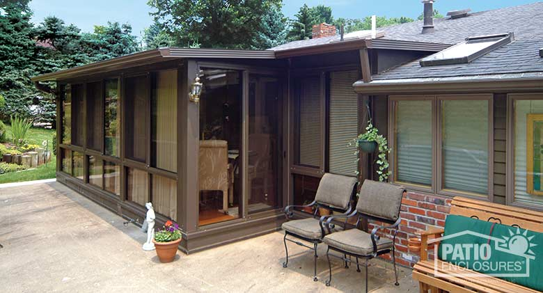 Bronze All Season Room With Single Slope Roof
