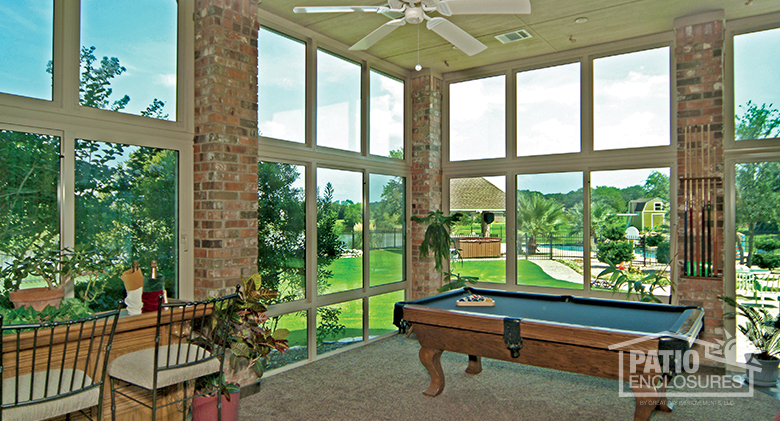how to design your sunroom for entertaining