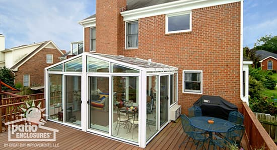 solarium with deck